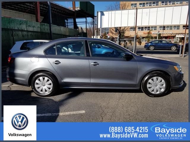 Pre-Owned 2016 Volkswagen Jetta 1.4T S FWD 4D Sedan